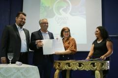 Caerimônia de Assinatura dos Termos de Cooperação entre a UEMASUL e os municípios.