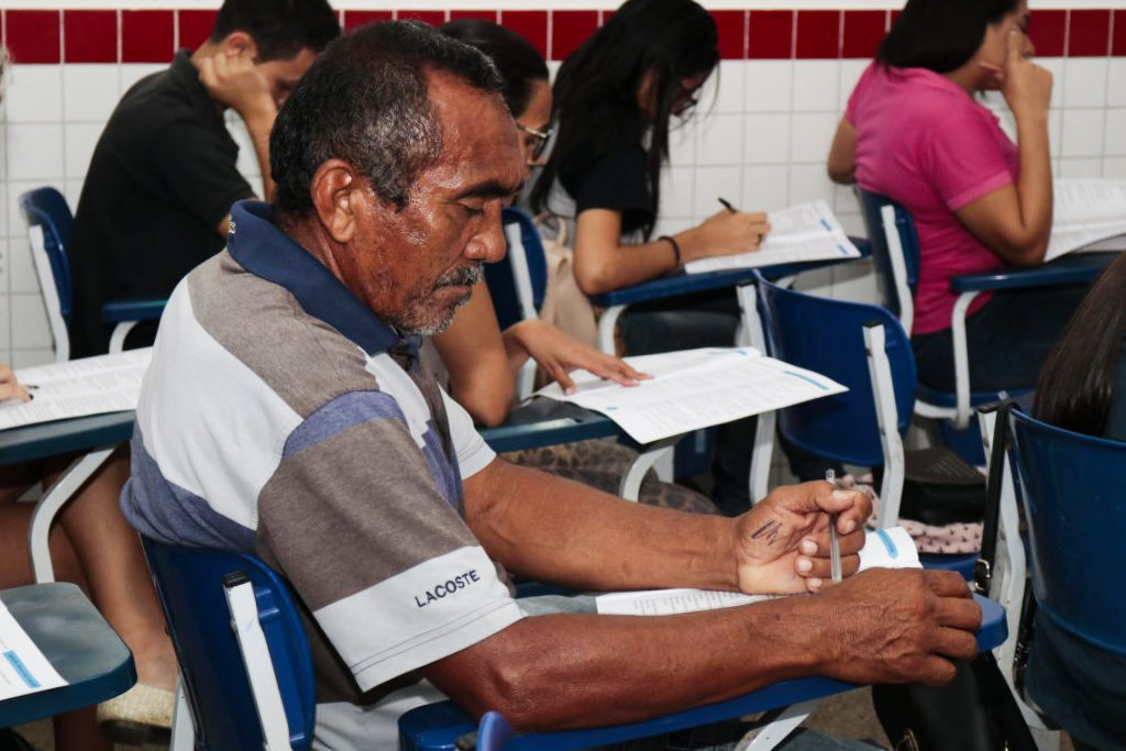 Raimundo Nonato tem como meta cursar Geografia na UEMASUL.
