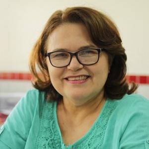 Pro-Reitora de Gestão e Sustentabilidade Acadêmica da UEMASUL, Regina Célia Costa Lima.